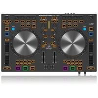 Behringer CMD STUDIO 4A - DJ MIDI контроллер с 4-канальным аудио интерфейсом
