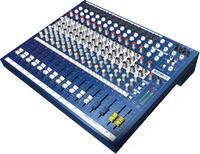 Soundcraft EPM12 микшерный пульт. 12 + 2 канала, микрофонные предусилители GB-30