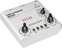 BEHRINGER MIC200 Микрофонный предусилитель